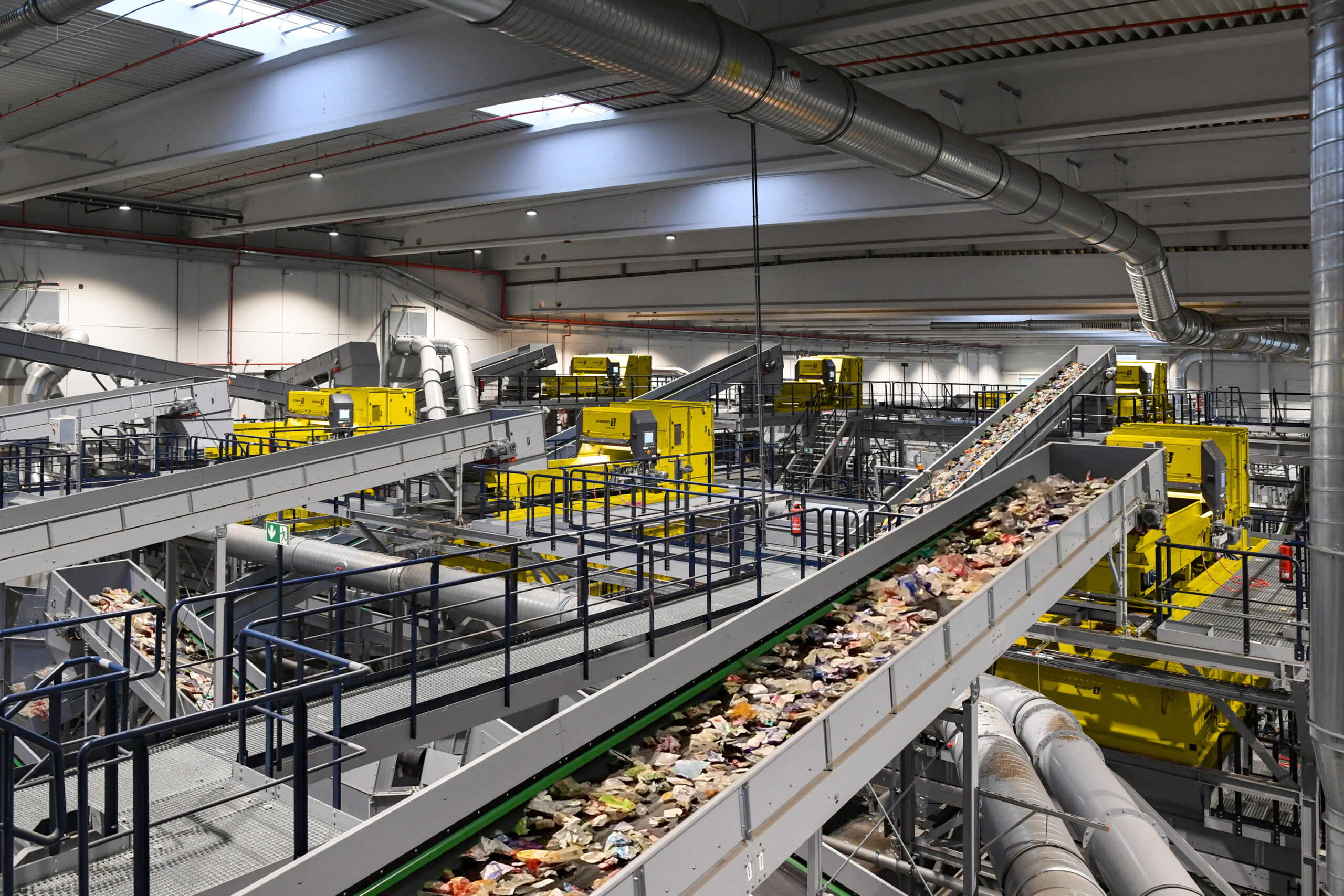 STEINERT – leading supplier of recycling sorting systems – joins R-Cycle